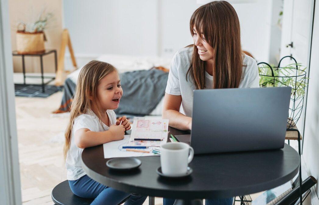 Esiste un lavoro part time a misura di mamma?